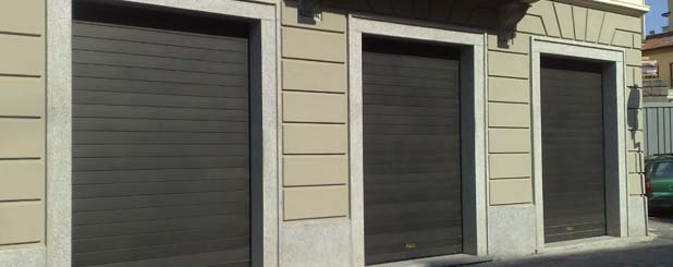 Serrande avvolgibili elegance distribuzione milano e for Garage con negozio
